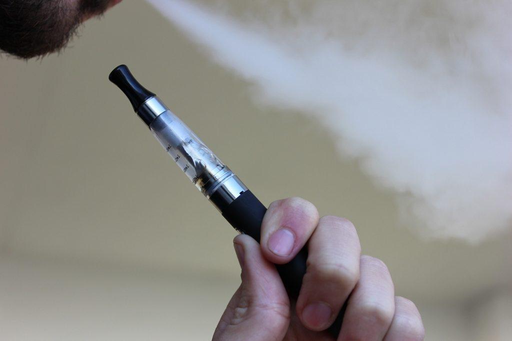 Des recherches approfondies sur les cigarettes électroniques